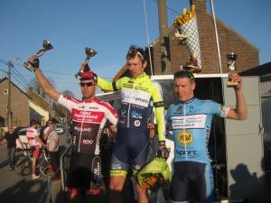 Sfeerfoto's Wielerwedstrijd Elite z.c. & Beloften zondag 25 maart 2014